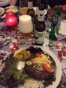 Selvom julemaden er fed kan øllet jo godt være tyndt, så længe smagen er i orden.
