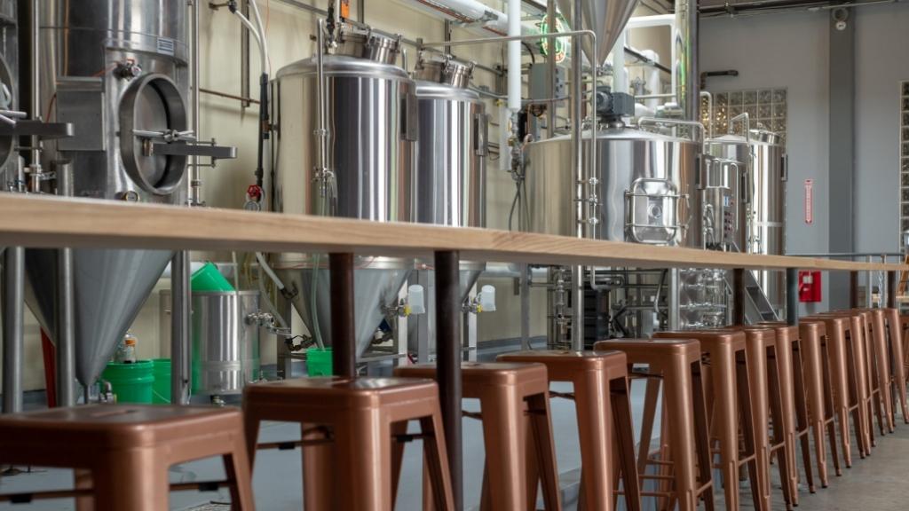 De fleste danske bryggerier sælger færre liter øl end sidste år – især restriktionerne for barer, caféer, festivaler og lignende rammer dem hårdt. Foto: Bryggeriforeningen.