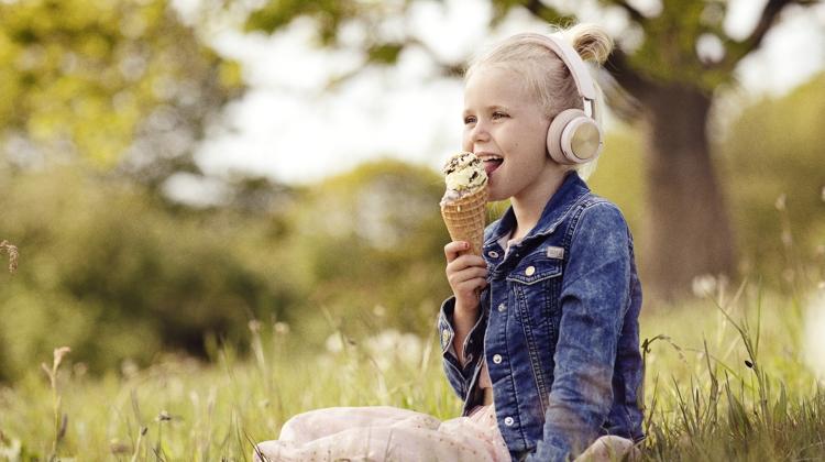 Sommerferie: Smag på sommeren med både mund, næse, øjne og ører