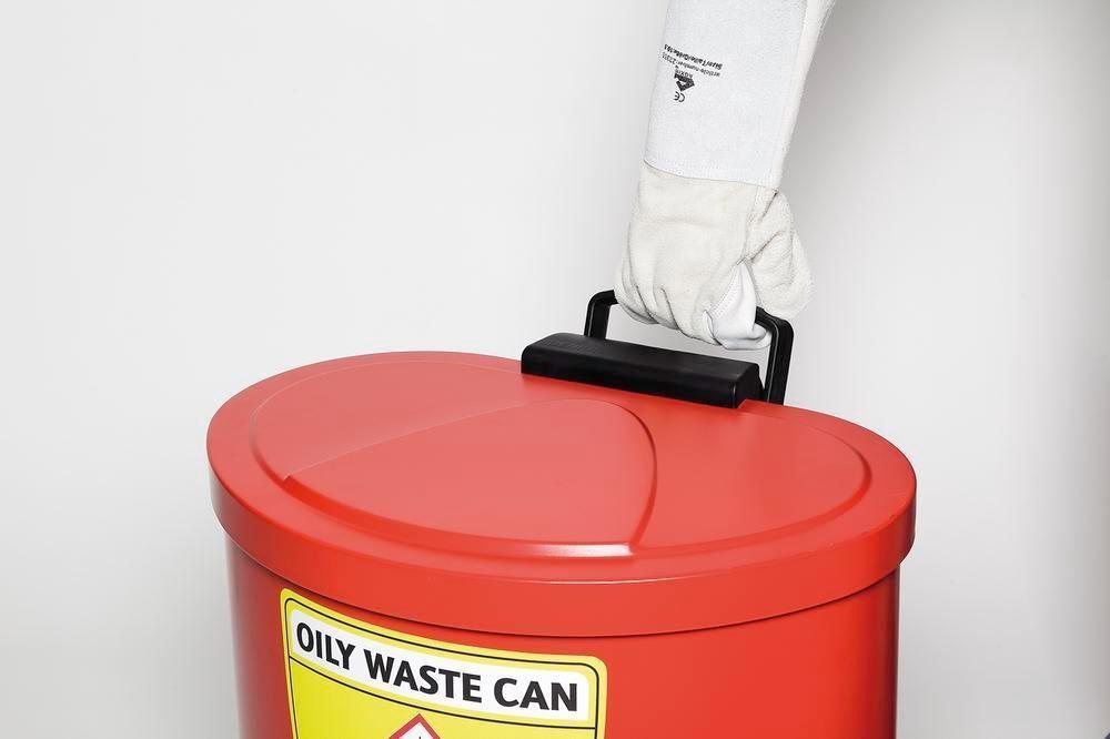 Selvslukkende affaldsspand til olieaffald og olieklude